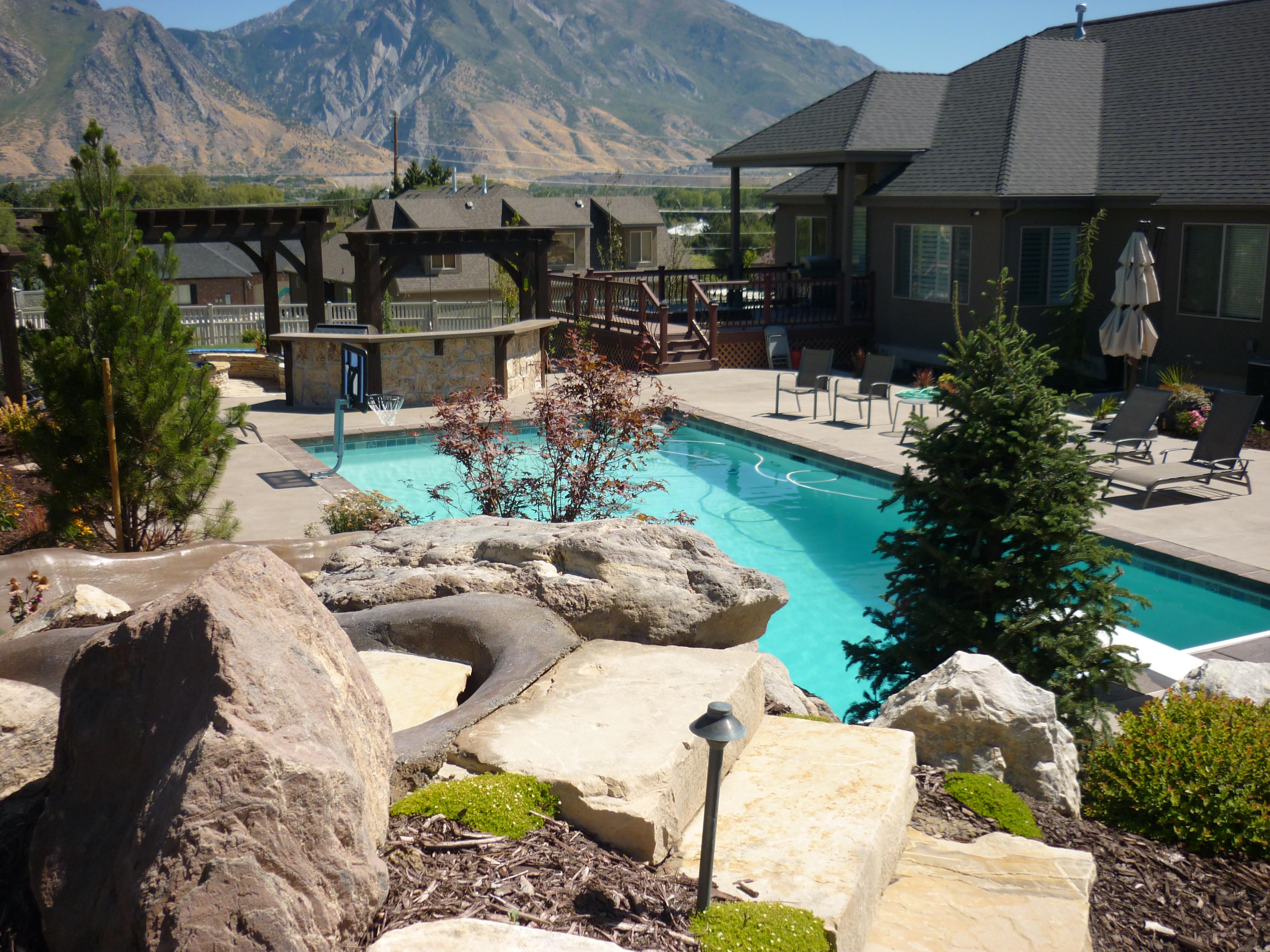 Best backyard trolines 28 images landscape rock salt for Landscaping rocks in salt lake city