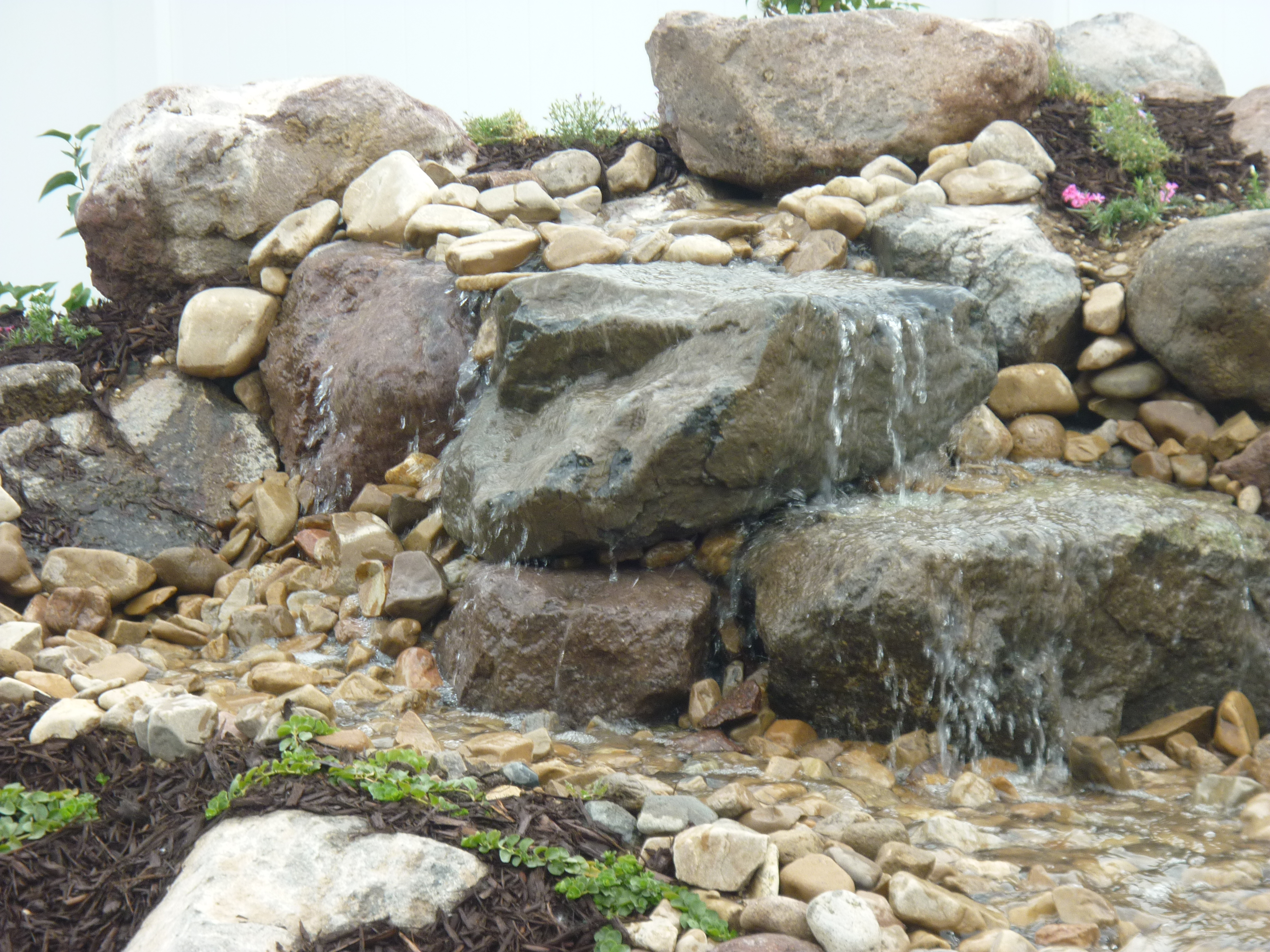 Splash Pad Rock Water Feature Chris Jensen Landscaping