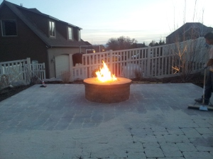 Natural gas firepit