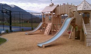 Outdoor play ground and play set in Alpine Utah in Alpine