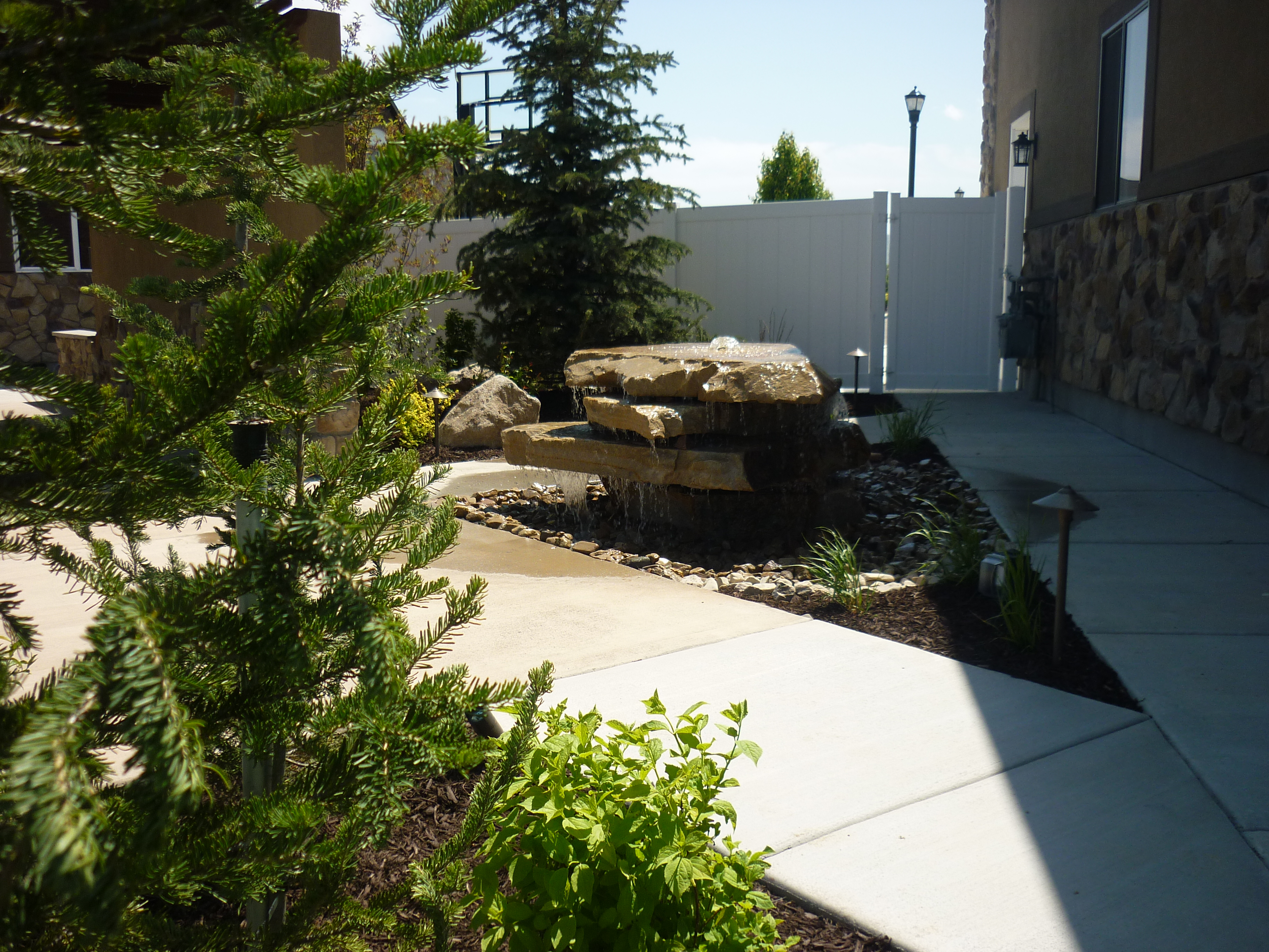 Layton utah landscapers chris jensen landscaping in salt for Landscaping rocks utah county