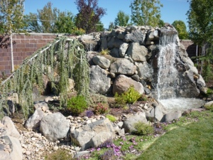 Water feature in South Jordan, Utah